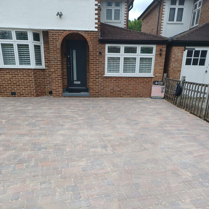 Paving in Maidstone by 5 star