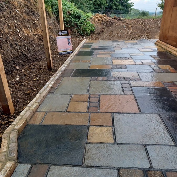 Paving in Medway by 5 star
